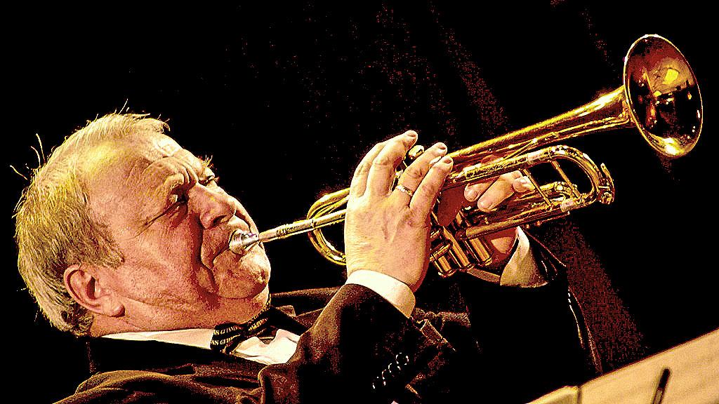 Народный артист России, основатель джазового оркестра «Уральский диксиленд», фестиваля «Какой уд