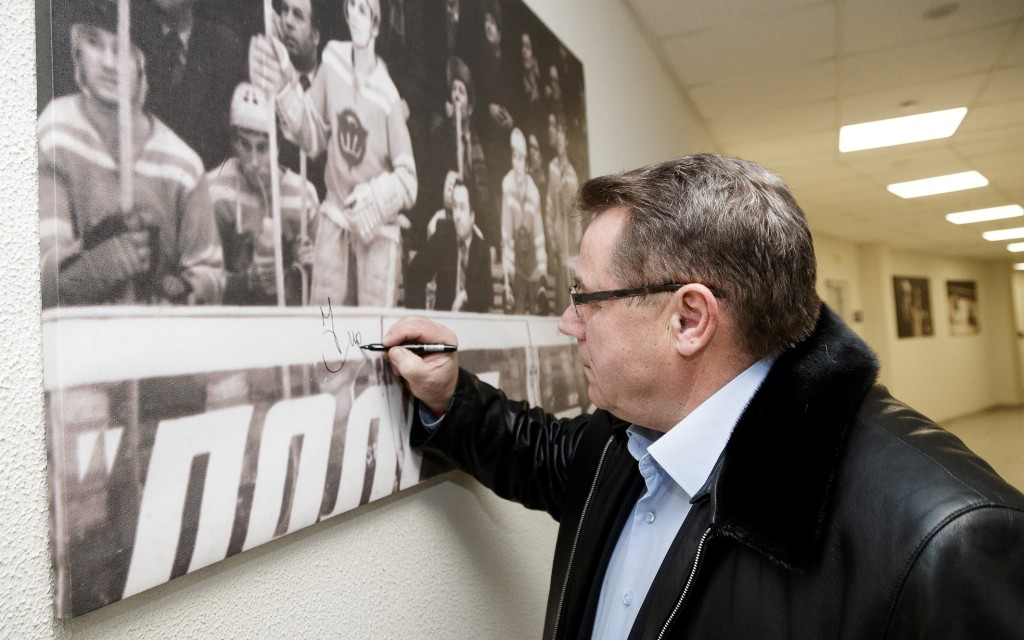 19 декабря исполняется 70 лет одному из самых прославленных представителей челябинского хоккея