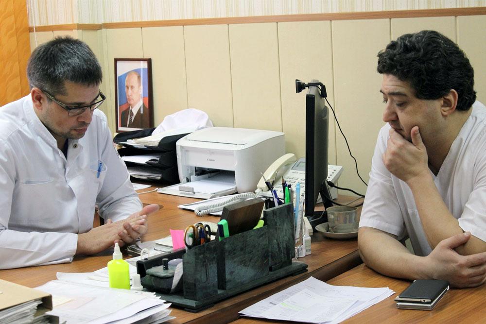 Мастер-класс южноуральским докторам провел врач-алголог, руководитель «Центра боли» при клиническ