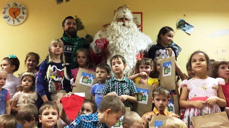 Напомним, Дед Мороз начал путешествие по городам России вместе с НТВ 15 ноября. За 48 дней Дед Мо