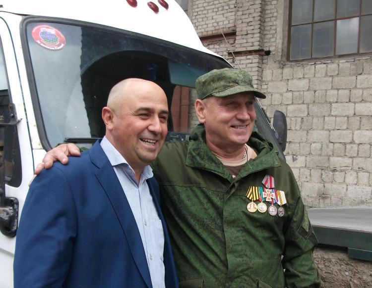Копейский предприниматель Ривожидин Махмадов стал инициатором сбора партии груза для жителей Донб