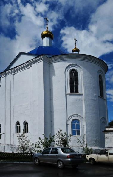 Жители города Нязепетровска (Челябинская область) борются за восстановление старинного храма в че