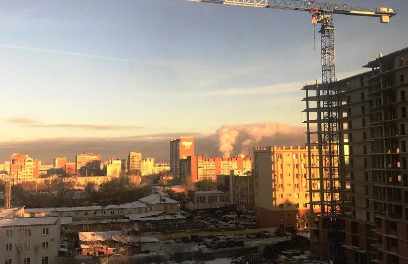 Почему лет 20-30 назад, когда заводов в Челябинске было больше, воздух оставался чистым? Почему