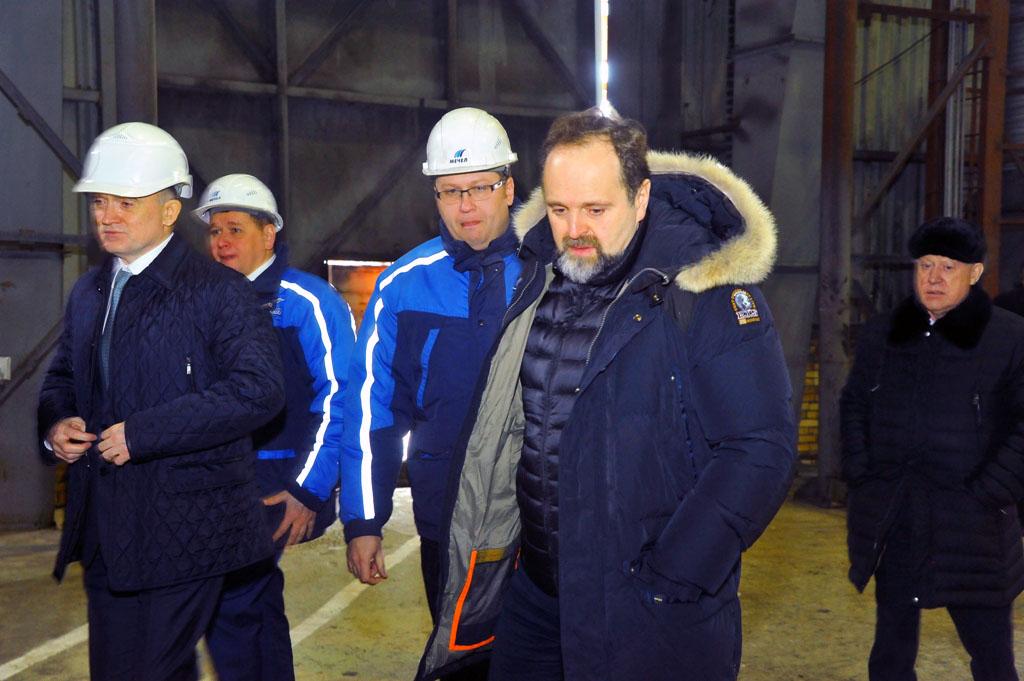 Как сообщает пресс-служба компании, промышленную площадку ЧМК и «Мечел-Кокса» посетили министр пр