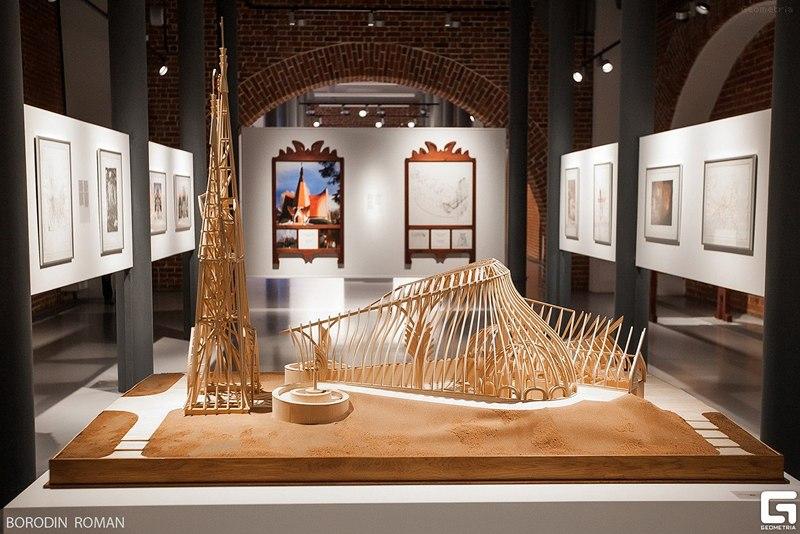 На выставке будут представлены чертежи, графические рисунки, фотографии построек Маковеца, а такж
