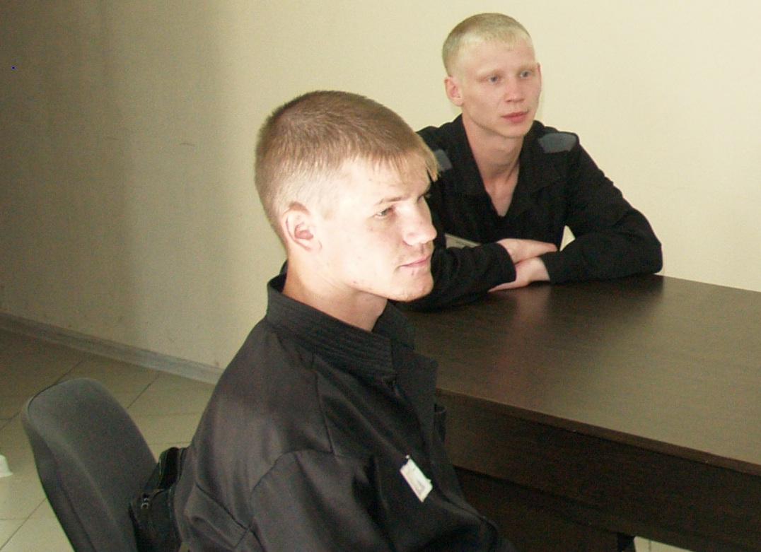 Челябинские общественники помогают магнитогорскому сироте получить положенное по закону жилье и п