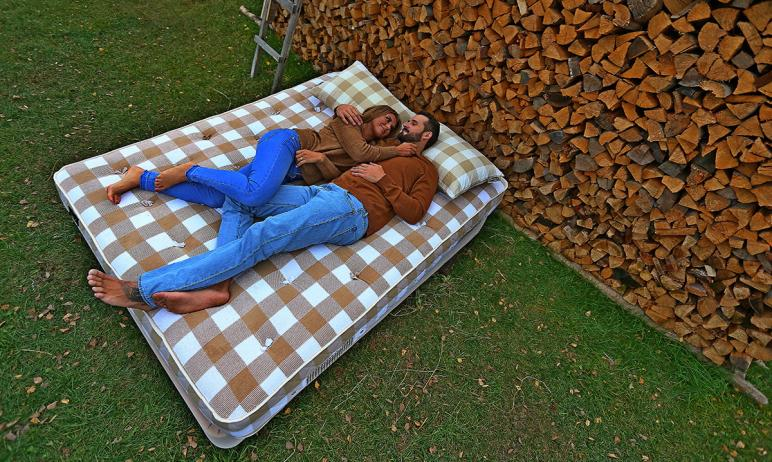 Качество сна влияет на качество жизни, поэтому спальное место должно быть удобным, правильным. На
