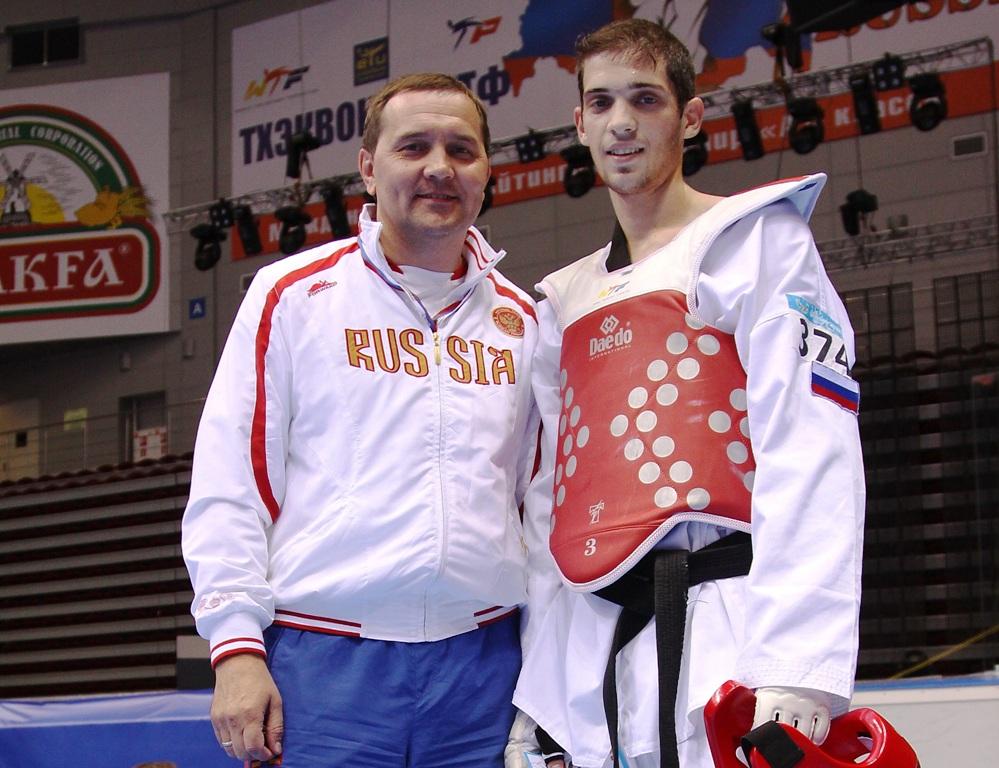Обладателем последней награды стал челябинец Сергей Каргаполов (до 48-ми килограммов), уже успевш