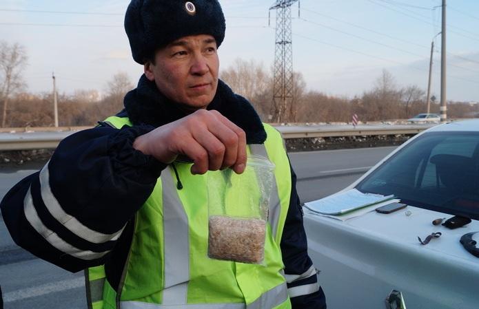 Сдали нервы: наркокурьер из Челябинска сам выдал себя полицейским. Сотрудники полиции Челя