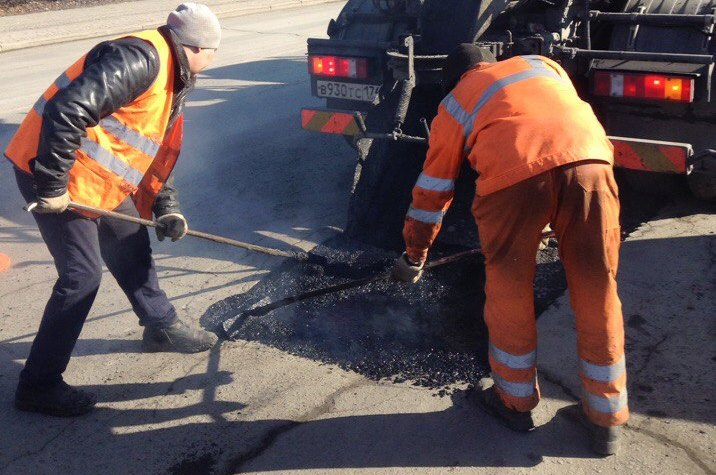 Губернатор Челябинской области Борис Дубровский пожурил министра дорожного хозяйства и транспорта
