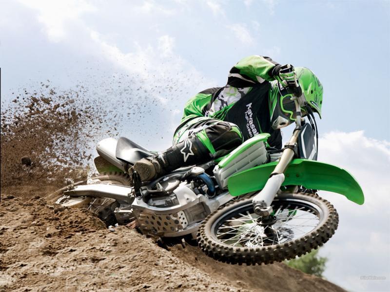 Представительные соревнования по мотоциклетному спорту в канун празднования Дня города и Дня мета