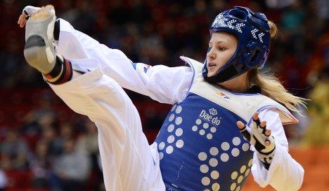 В финале турнира среди девушек в весовой категории до 67 кг она победила Фариду Аз
