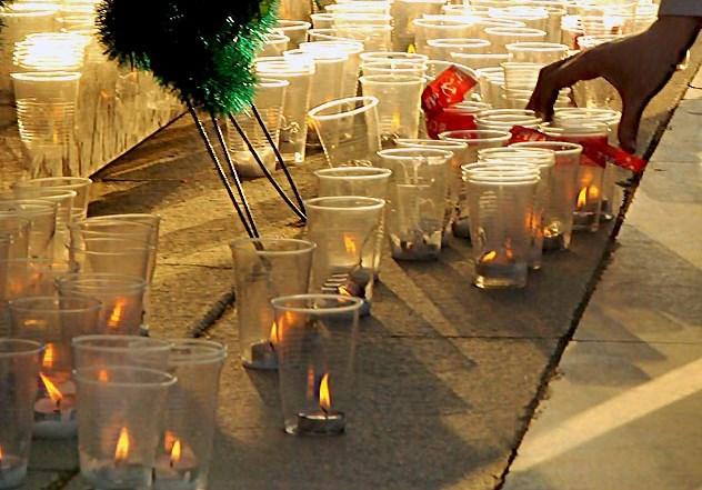 Акция «Свеча Памяти» пройдет на Троицком мосту в 20.00. Ее организаторами выступили администраци