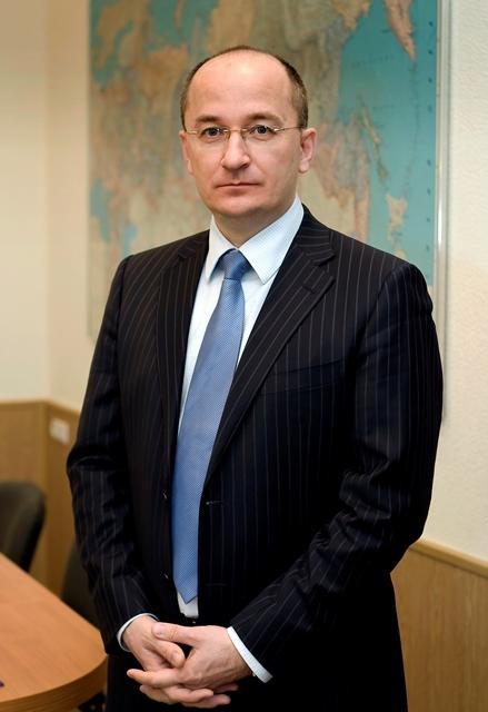 Олег Цепкин лишь немного уступает действующему депутату, председателю совета директоров ОАО «Комб