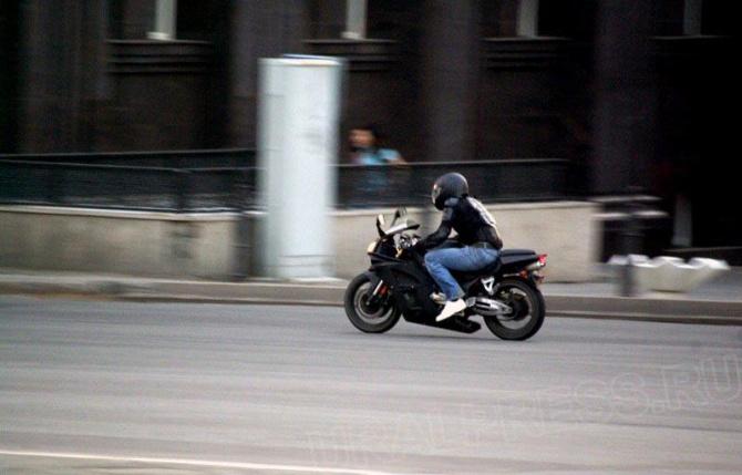 «8 июня около 19 часов 30 минут возле дома 6 по улице Борьбы водитель мотоцикла «Х