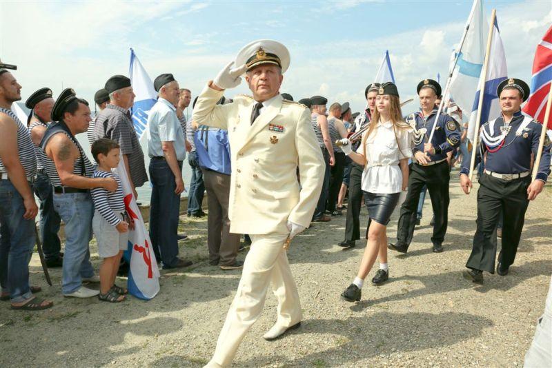 Ежегодно в последнее воскресенье июля сухопутный Миасс (Челябинская область) превращается в город