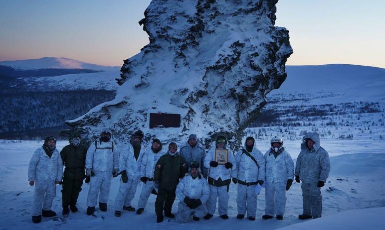 Экспедиция на перевал Дятлова, в составе которой вершину Отортен покорили министр культур