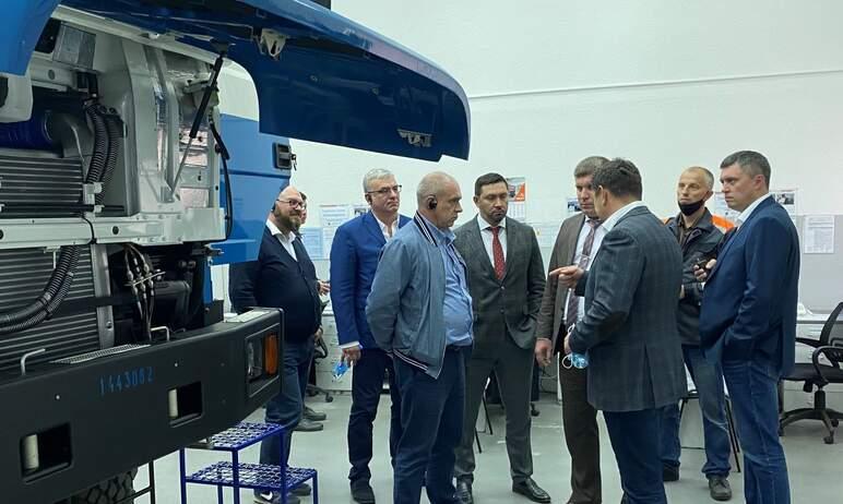 Делегация ООО «УК «Мечел-Сталь» посетила автомобильный завод «УРАЛ» с целью развития сотрудничест