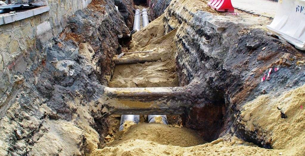 Ограничения введены в связи со строительством канализационного коллектора напротив дома № 130 по