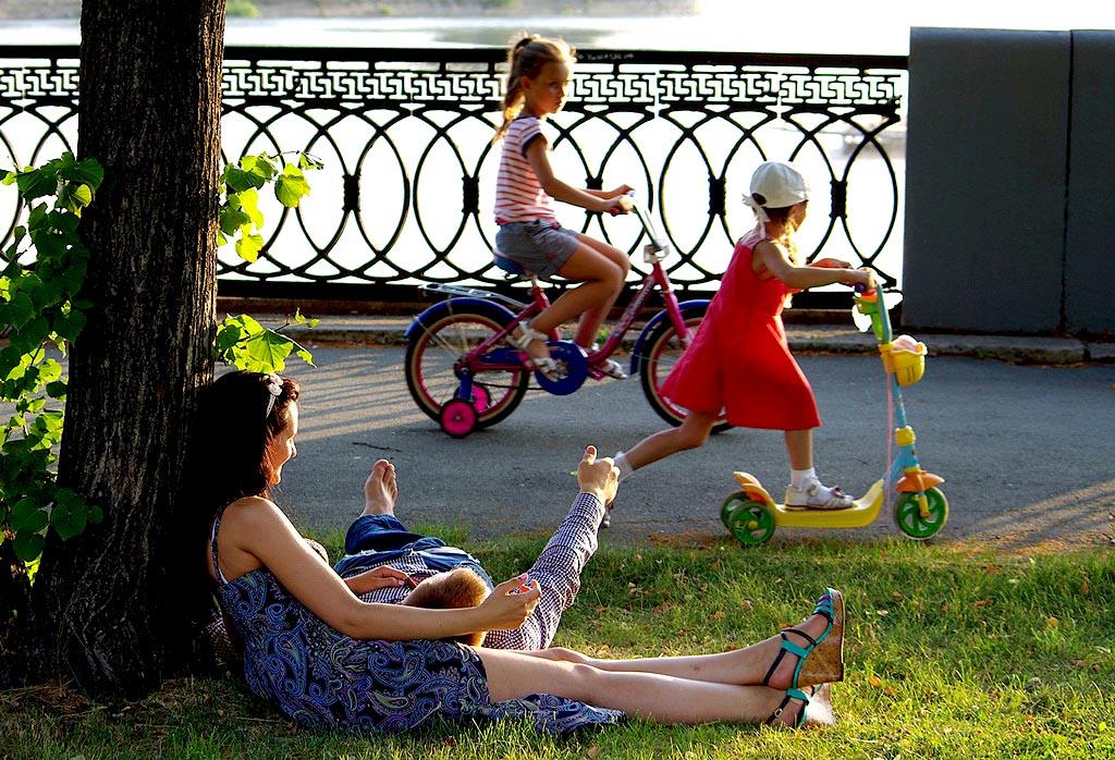 Уже в субботу, 4 июля, в 11:00 в парке имени Тищенко начнется конкурсно-игровая программа, посвящ
