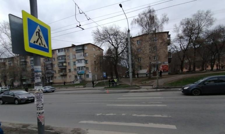 Сегодня, 24 апреля, в Миассе (Челябинская область) 46-летняя женщина и 15-летняя девочка, переход