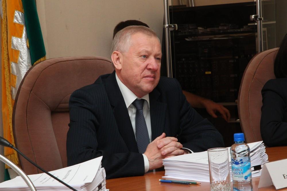 Пять месяцев назад, 23 декабря, Евгений Тефтелев был утвержден Челябинской городской