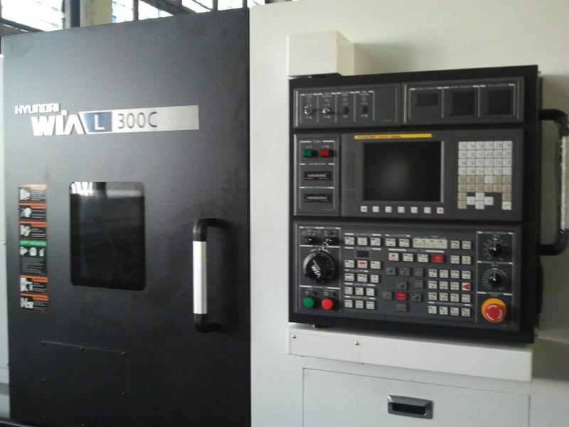 Это лишь малая часть программы модернизации на заводе. За последнее время расширена база ленточно