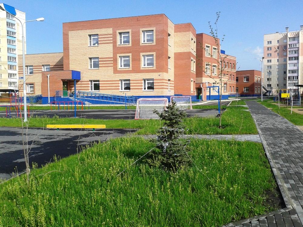 Челябинская область, решая задачу по обеспечению детей местами в дошкольных учреждениях, пытается