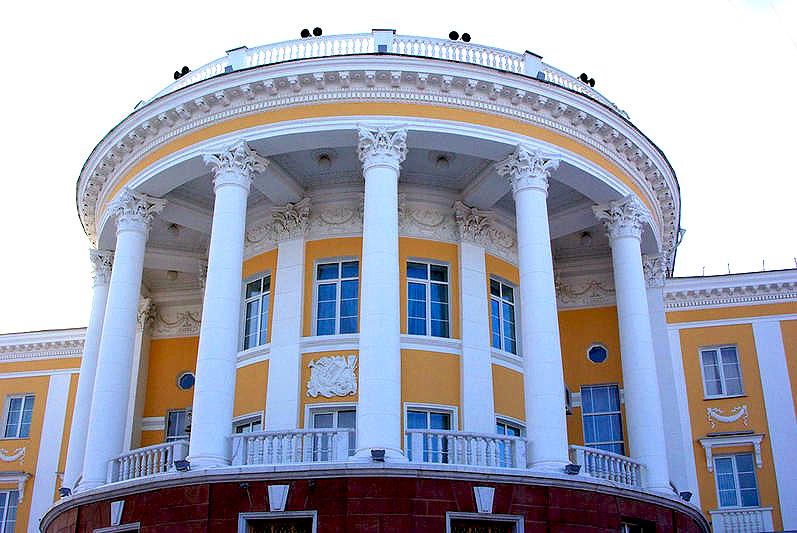 Вчера, 23 сентября, в Челябинском театре оперы и балета имени М.И.Глинки давали «Пахиту». С балет
