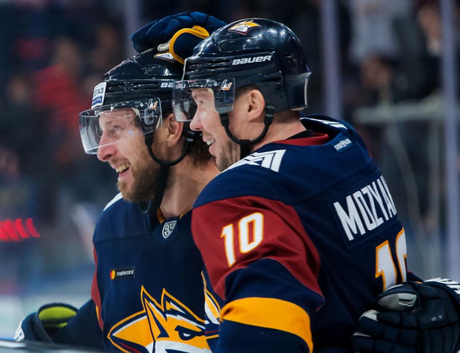 Южноуральские хоккейные клубы провели очередные матчи в чемпионате КХЛ. Челябинцы на своем льду п