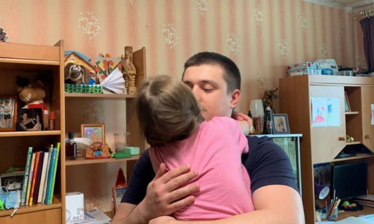 В Магнитогорске (Челябинская область) семилетнюю девочку Киру могут разлучить сгорячо любим