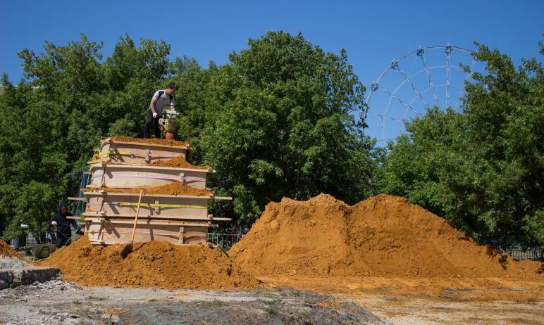 В Челябинске, в Саду камней на набережной реки Миасс, в скором времени появятся уникальные песочн