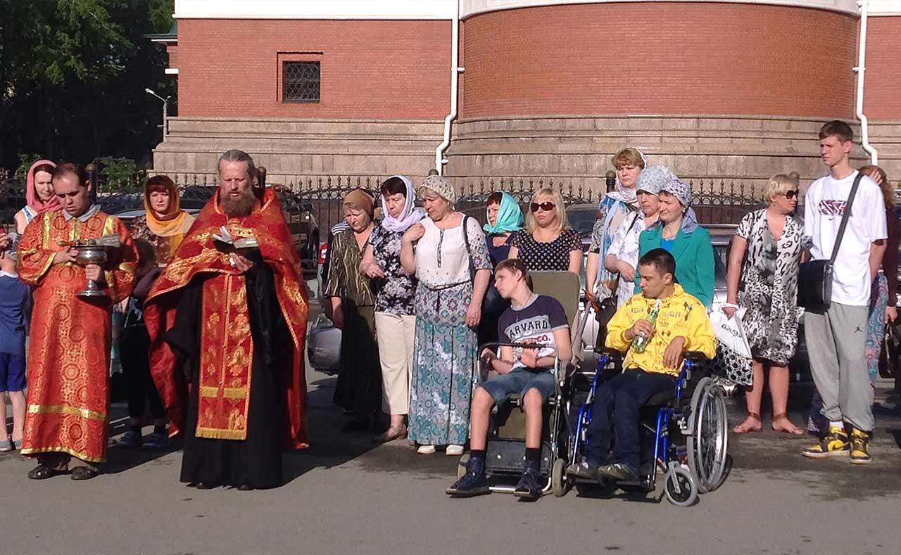 Как сообщили агентству «Урал-пресс-информ» в Челябинской епархии, поездка, организованная при под