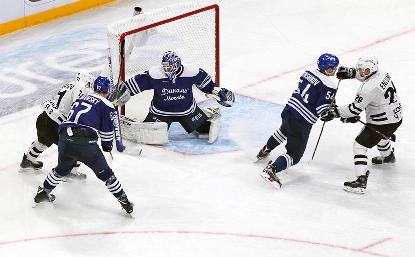 Южноуральские хоккейные клубы провели очередные матчи в Континентальной Хоккейной Лиге. Челябинск
