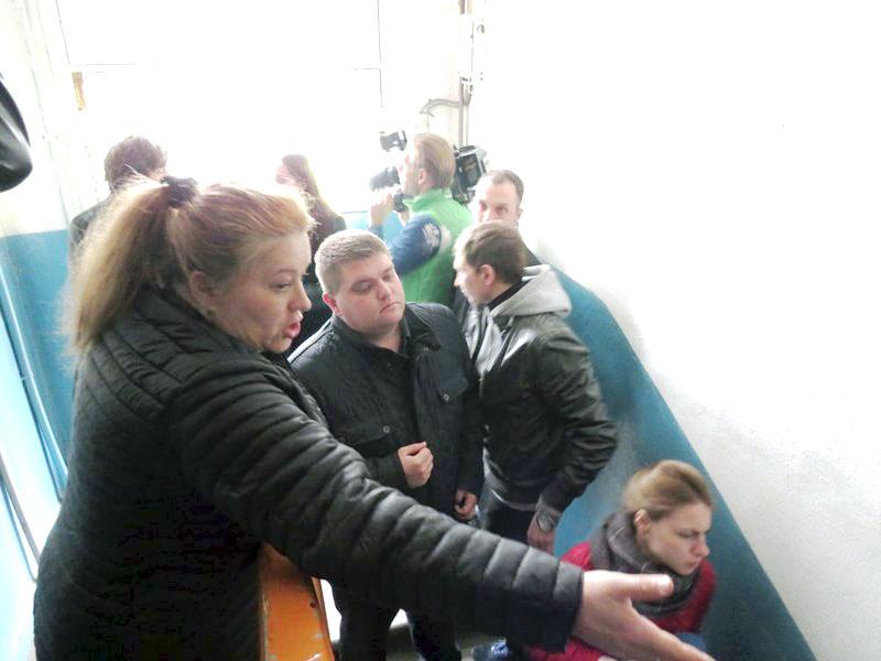 Жители дома №75 по улице Вагнера в Ленинском районе Челябинска восстали против своей управляющей