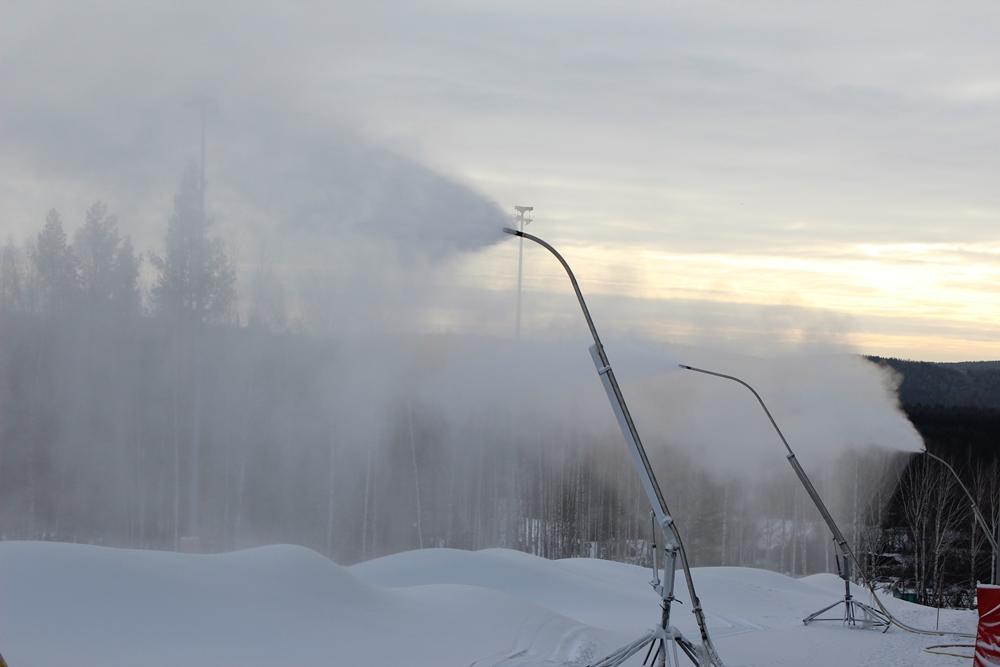 Строительством всех трасс на курорте занималась команда профессионалов Winter Shape Pro: в числе