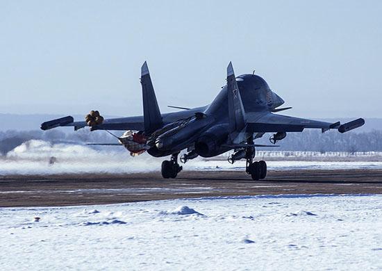 Два истребителя-бомбардировщика Су-34 поступили по гособоронзаказу в состав авиационного полка, д
