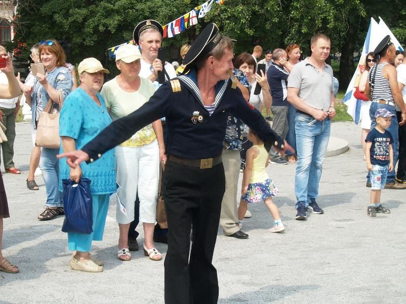 Как сообщают РИА-Новости, в совещании, которое пройдет на площадке Центрального хранилища ЦБ, при