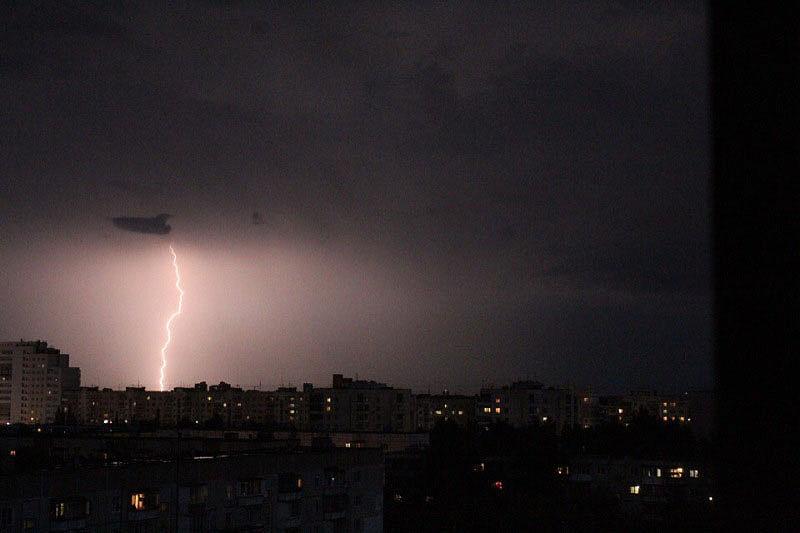 Завтра, 11 июля, в отдельных районах Челябинской области вновь ожидаются грозы, град, местами кру