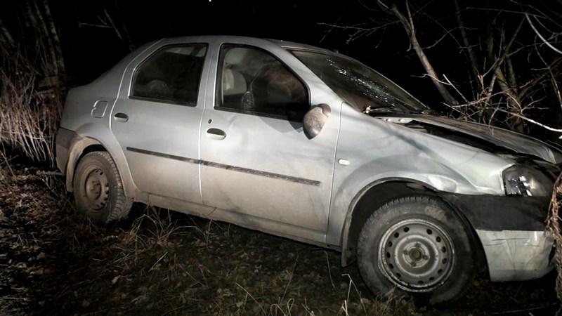 В Челябинске бывшие заключенныеизбили прохожего, забрали у него деньги и угнали его автомобиль.