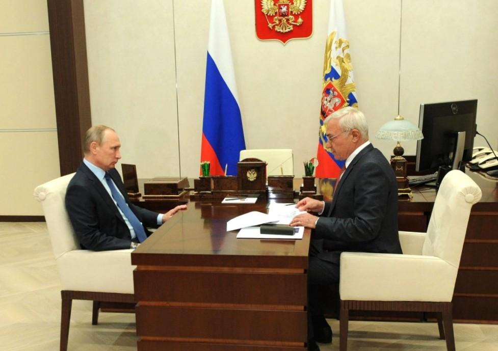 Президент России Владимир Путин похвалил председателя совета директоров ПАО «Маг