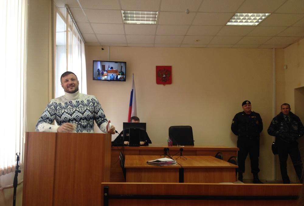 Сандаков был допрошен защитником экс-сенатора и государственным обвинителем. Он рассказал, что по