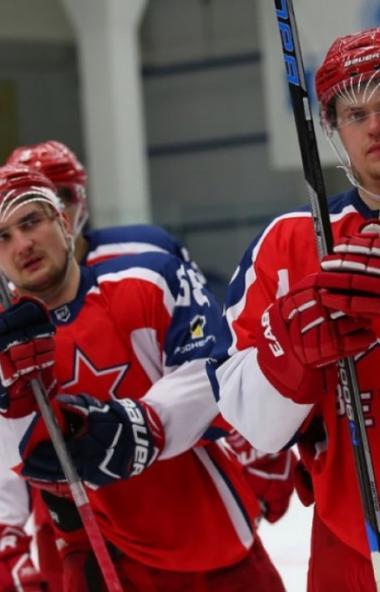 Сборная команда Центрального военного округа (ЦВО) по хоккею начала подготовку к чемпионату Воору