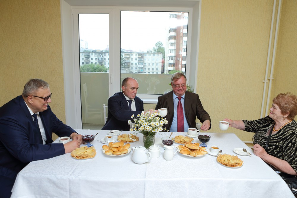 Как сообщили агентству «Урал-пресс-информ» в пресс-службе губернатора, новоселами стали жильцы мн
