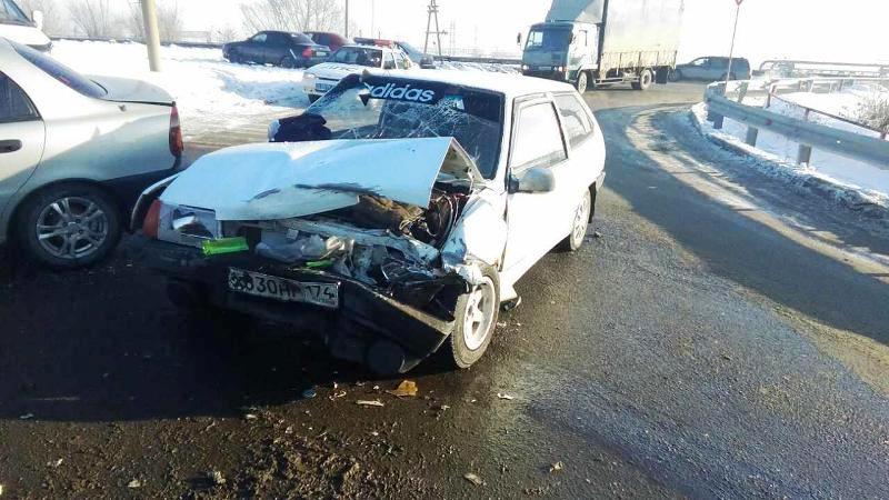 Авария произошла 17 января в 13 часов на улице Морской возле дома 1. Водитель авто