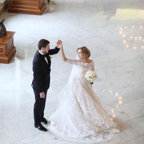 Внук Владислава Третьяка женился на бывшей стюардессе. Избранницей хоккеиста, вратаря ЦКСА Максим