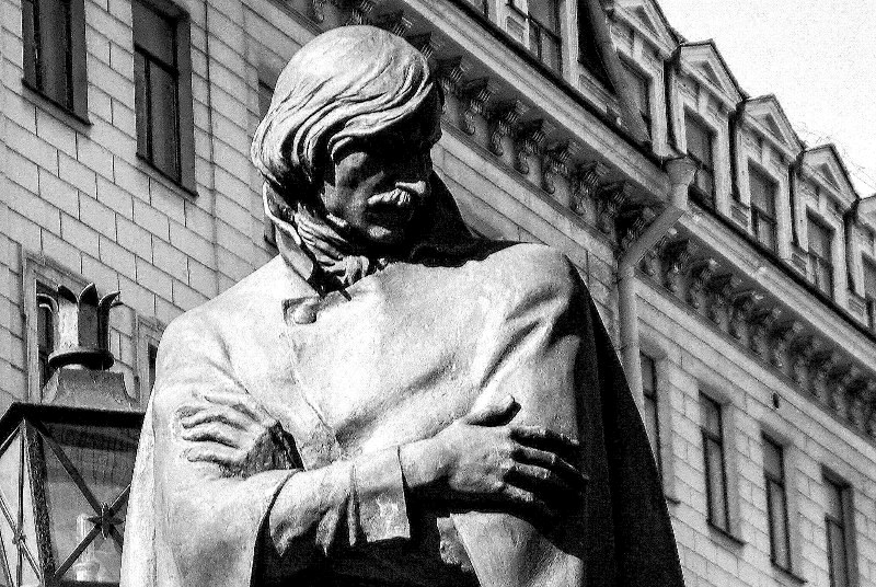 В предмайские дни в Челябинском Доме актёра состоялось сразу два представительных собрания. Одно
