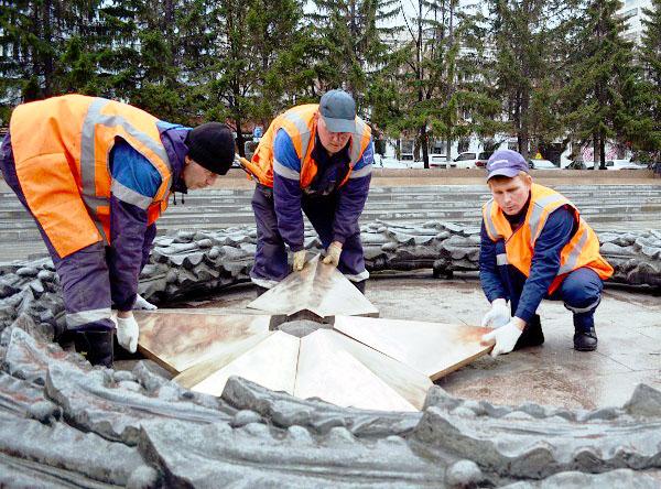 Южноуральские газовики провели техническое обслуживание 29 мемориалов «Вечный огонь». Работы были