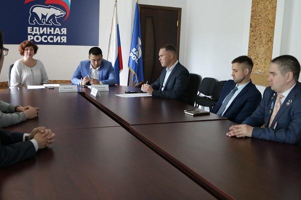 В Челябинске 28 июня состоялась итоговая встреча участников кадрового проекта «Единой России» «По