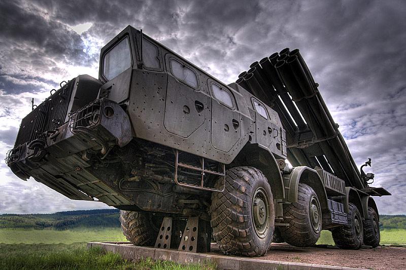 Отдельный гвардейский дивизион реактивной артиллерии, оснащенный системами «Смерч», направлен в Ю